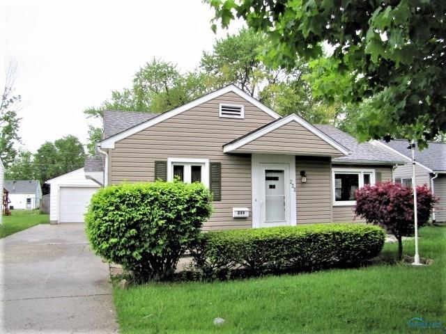 233 Lester, Findlay, OH 45840 (MLS #6040742) :: RE/MAX Masters