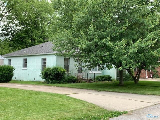 1023 N Sheffield, Napoleon, OH 43545 (MLS #6041461) :: RE/MAX Masters