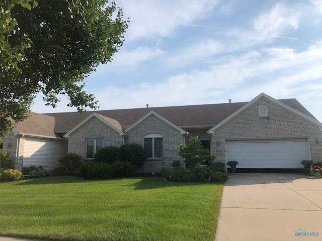 4239 E Waterbend, Maumee, OH 43537 (MLS #6043164) :: Key Realty