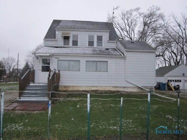29037 Kearsley, Millbury, OH 43447 (MLS #6052243) :: H2H Realty