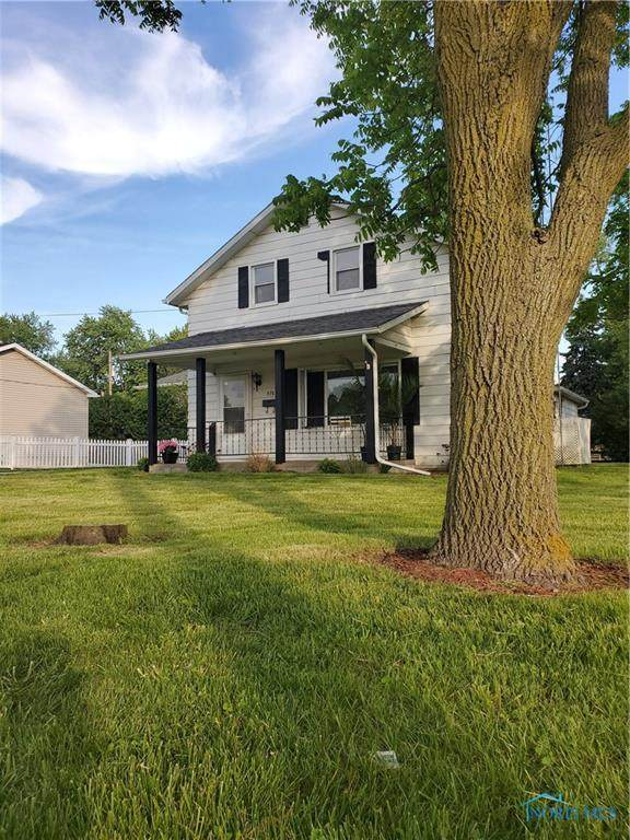 576 W Eighth St, Perrysburg, OH 43551 (MLS #6054918) :: H2H Realty