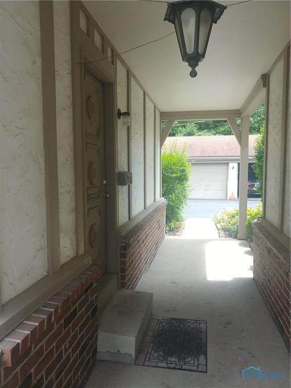 4038 Stonehenge #1, Sylvania, OH 43560 (MLS #6056064) :: Key Realty