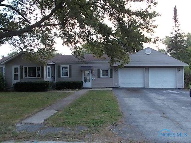 1026 Lincoln, Fostoria, OH 44830 (MLS #6061639) :: Key Realty
