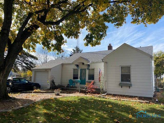 2956 Lutaway, Toledo, OH 43614 (MLS #6064633) :: The Kinder Team