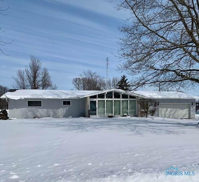 401 North - Photo 1