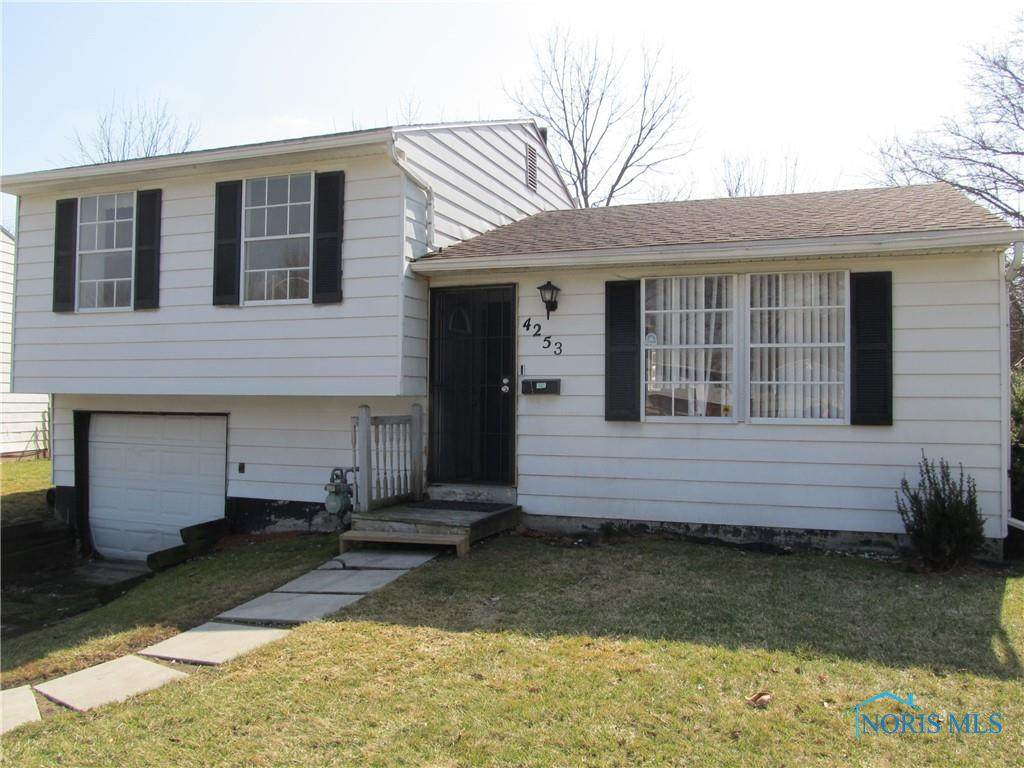 4253 Wickford Point Drive - Photo 1