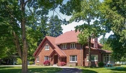 2132 Burroughs Drive, Toledo, OH 43614 (MLS #6069071) :: CCR, Realtors