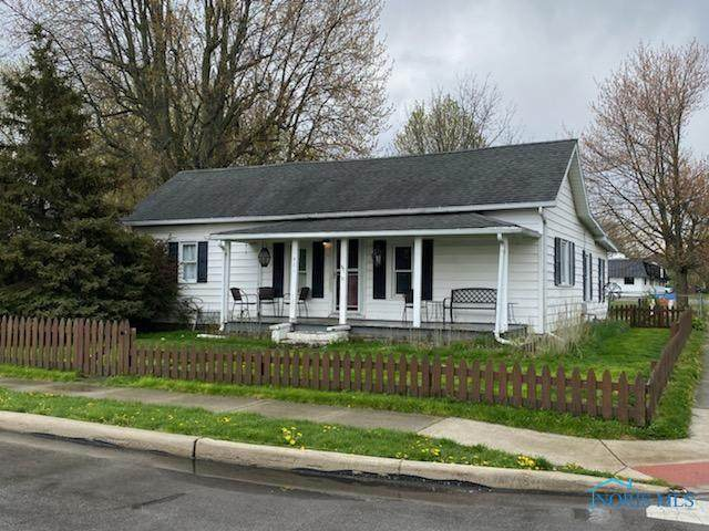 421 Conneaut, Bowling Green, OH 43402 (MLS #6069289) :: RE/MAX Masters