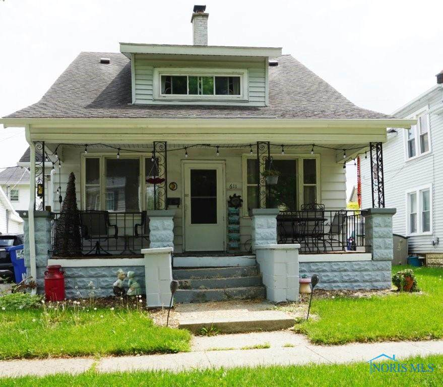 611 Front Street - Photo 1