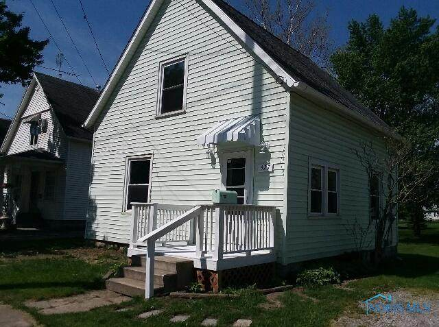 327 Fairview Street, Montpelier, OH 43543 (MLS #6071008) :: CCR, Realtors