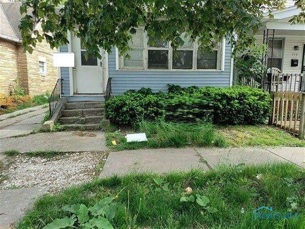 218 Dexter Street - Photo 1