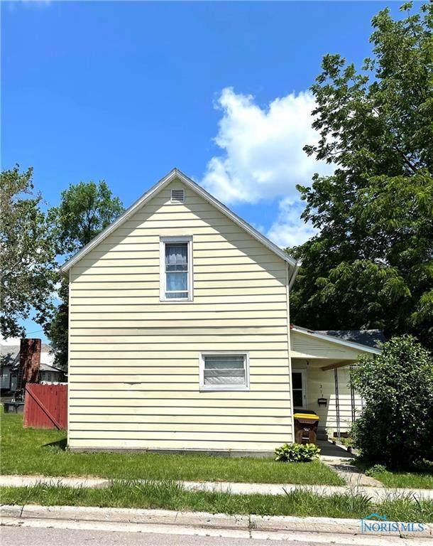 213 Lawrence Street - Photo 1
