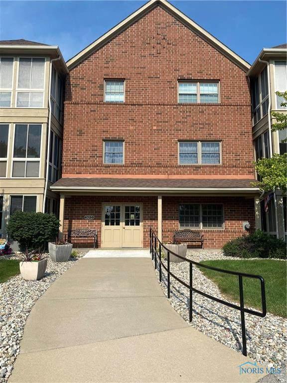 4730 Glendale Avenue #201, Toledo, OH 43614 (MLS #6073434) :: CCR, Realtors