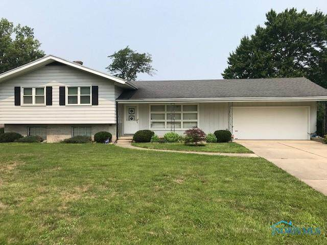 610 Valley Drive, Rossford, OH 43460 (MLS #6074112) :: CCR, Realtors