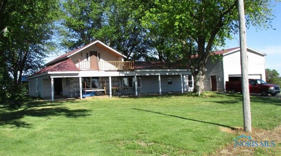 23641 Township Road 206 - Photo 1