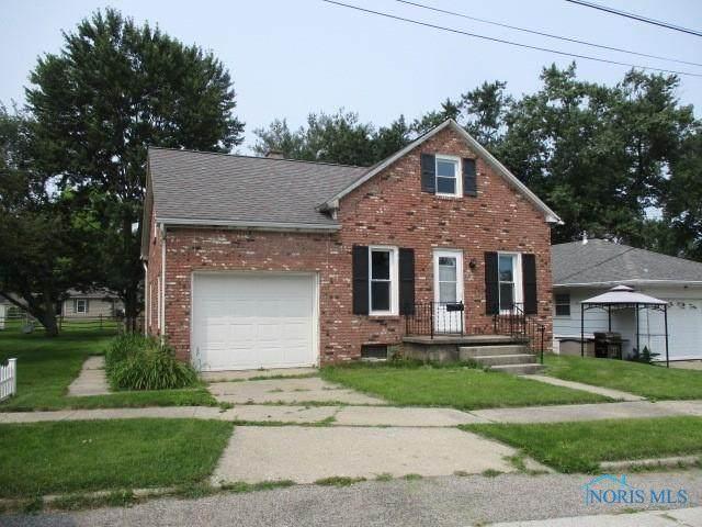 131 N Maplewood Street, Wauseon, OH 43567 (MLS #6074437) :: iLink Real Estate