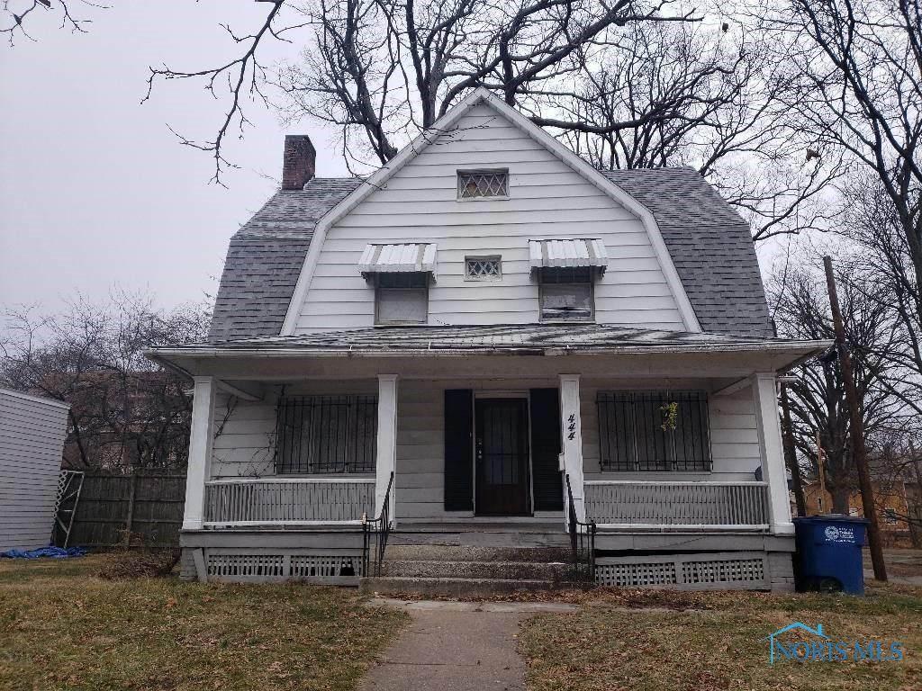 444 Kenilworth Avenue - Photo 1