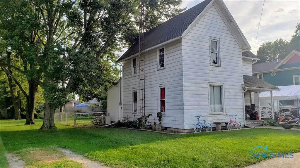 406 Maplewood Street - Photo 1