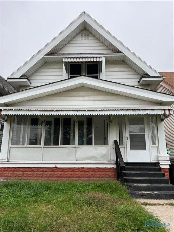 770 Carlton Street - Photo 1