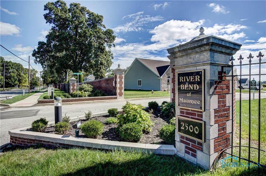 329 River Bend - Photo 1