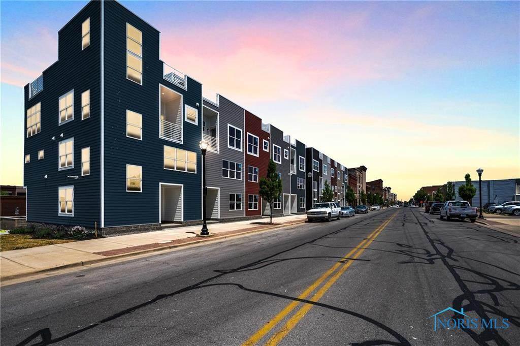 419 Water Street - Photo 1