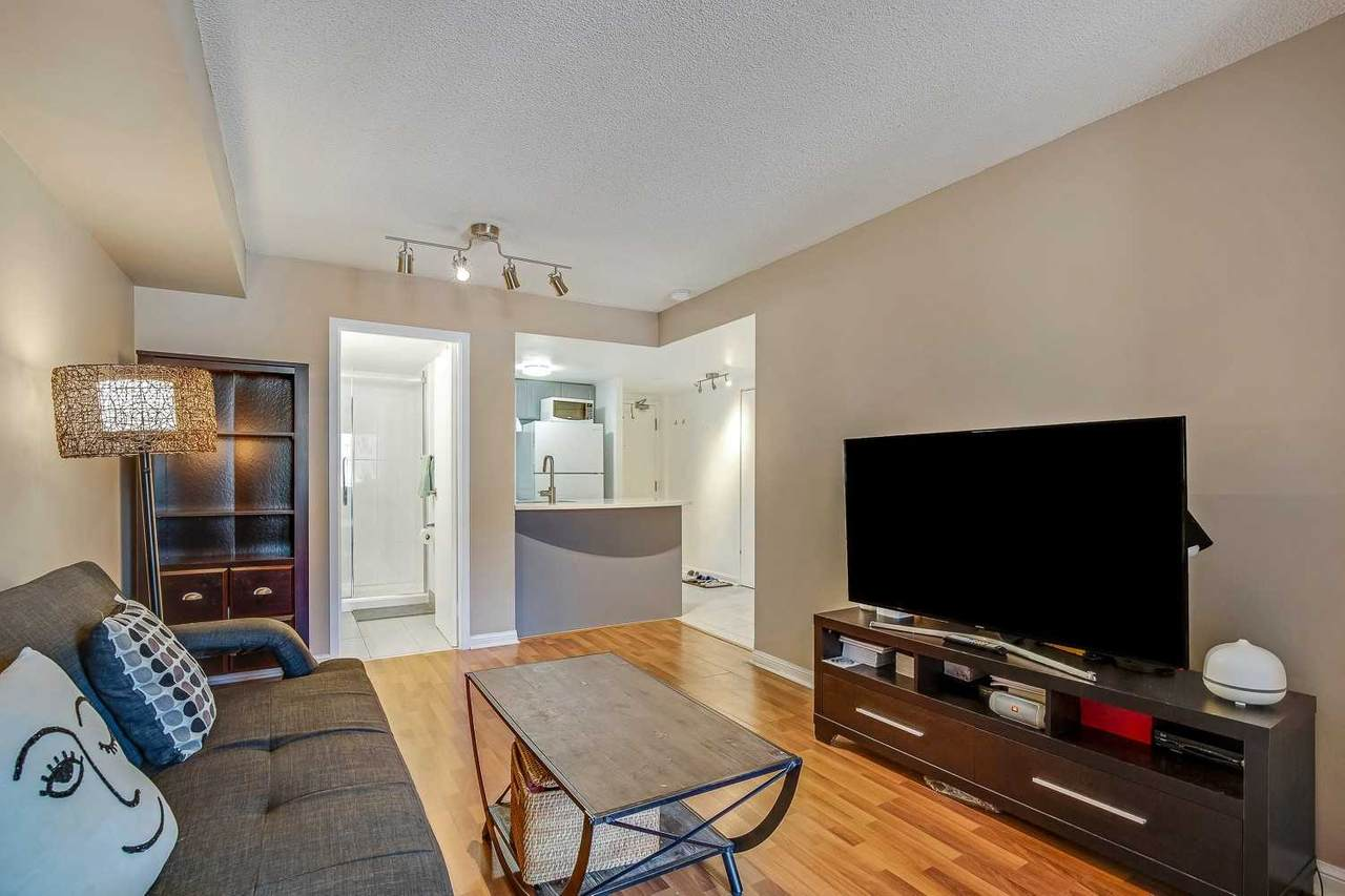 25 Grenville St - Photo 1