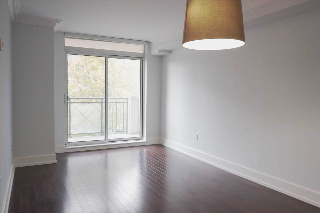 650 Sheppard Ave - Photo 1