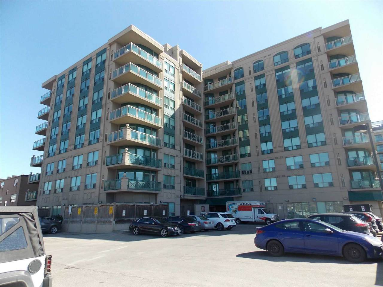 920 Sheppard Ave - Photo 1