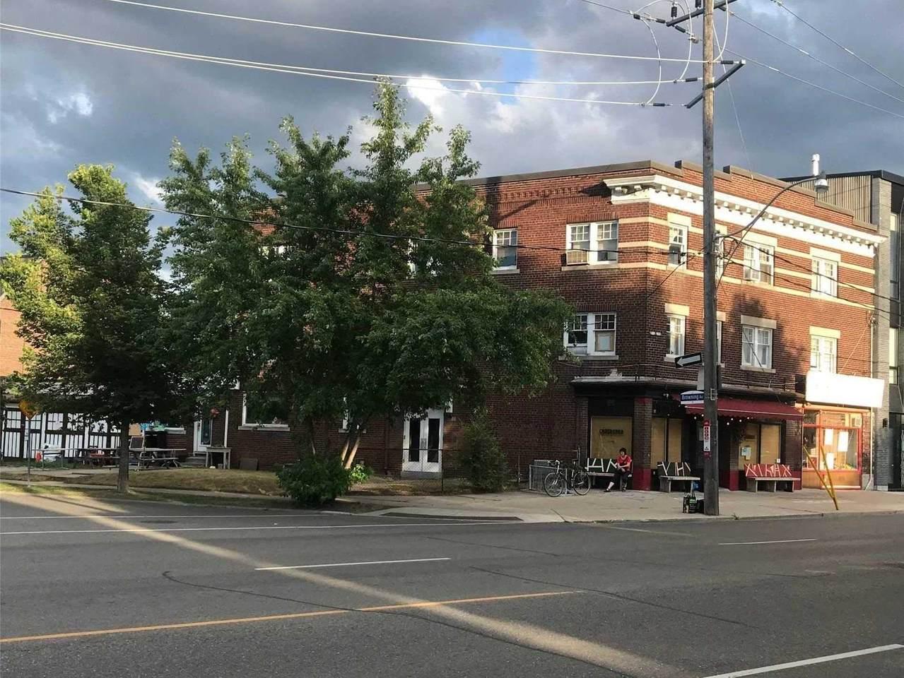 895-897 Broadview Ave - Photo 1