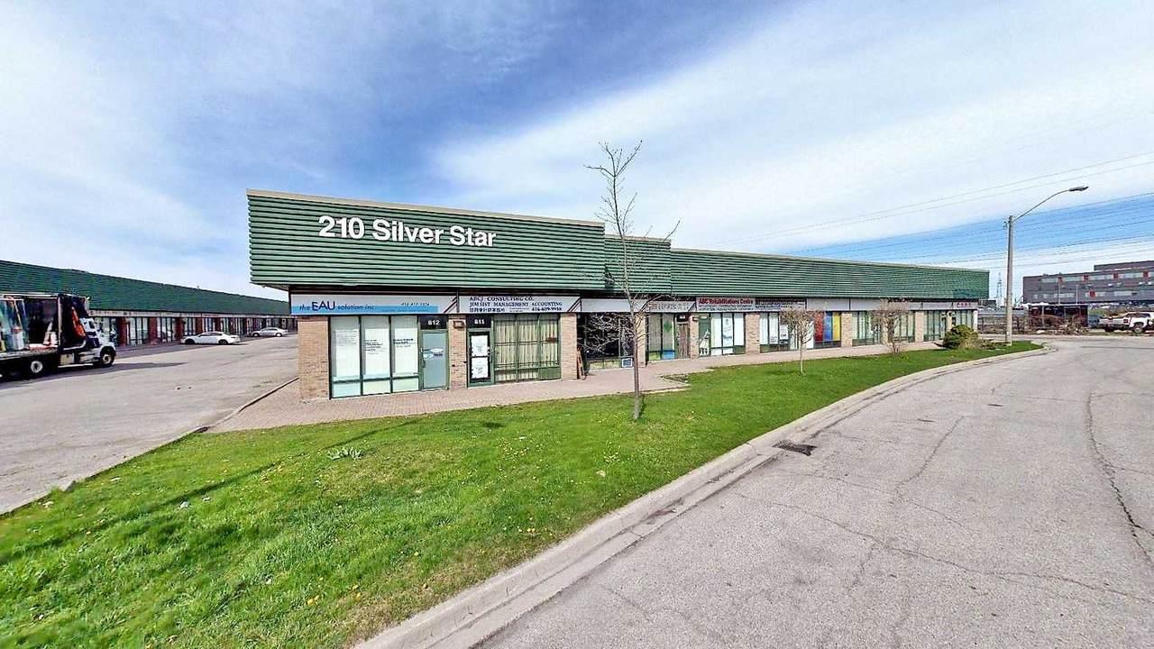 210 Silver Star Blvd - Photo 1