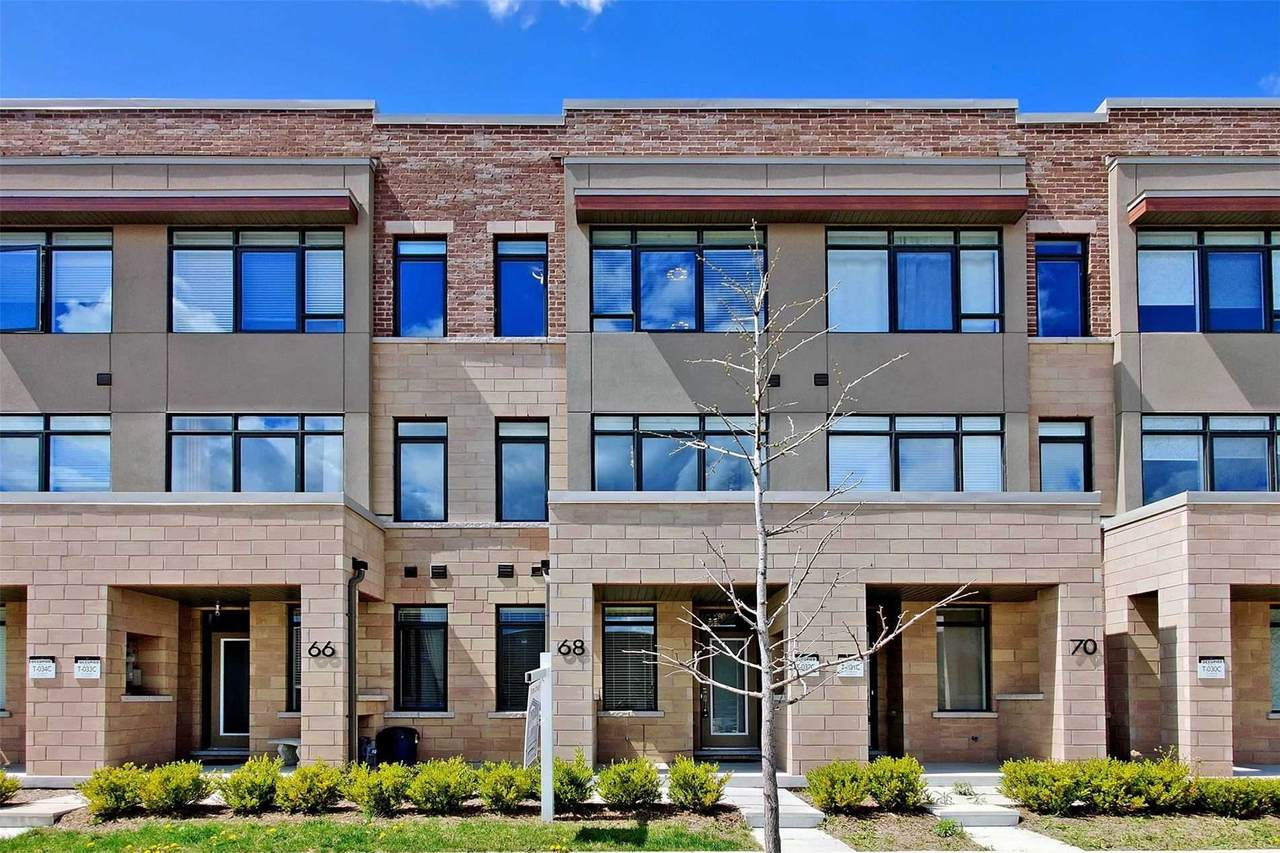 68 Troon Ave - Photo 1