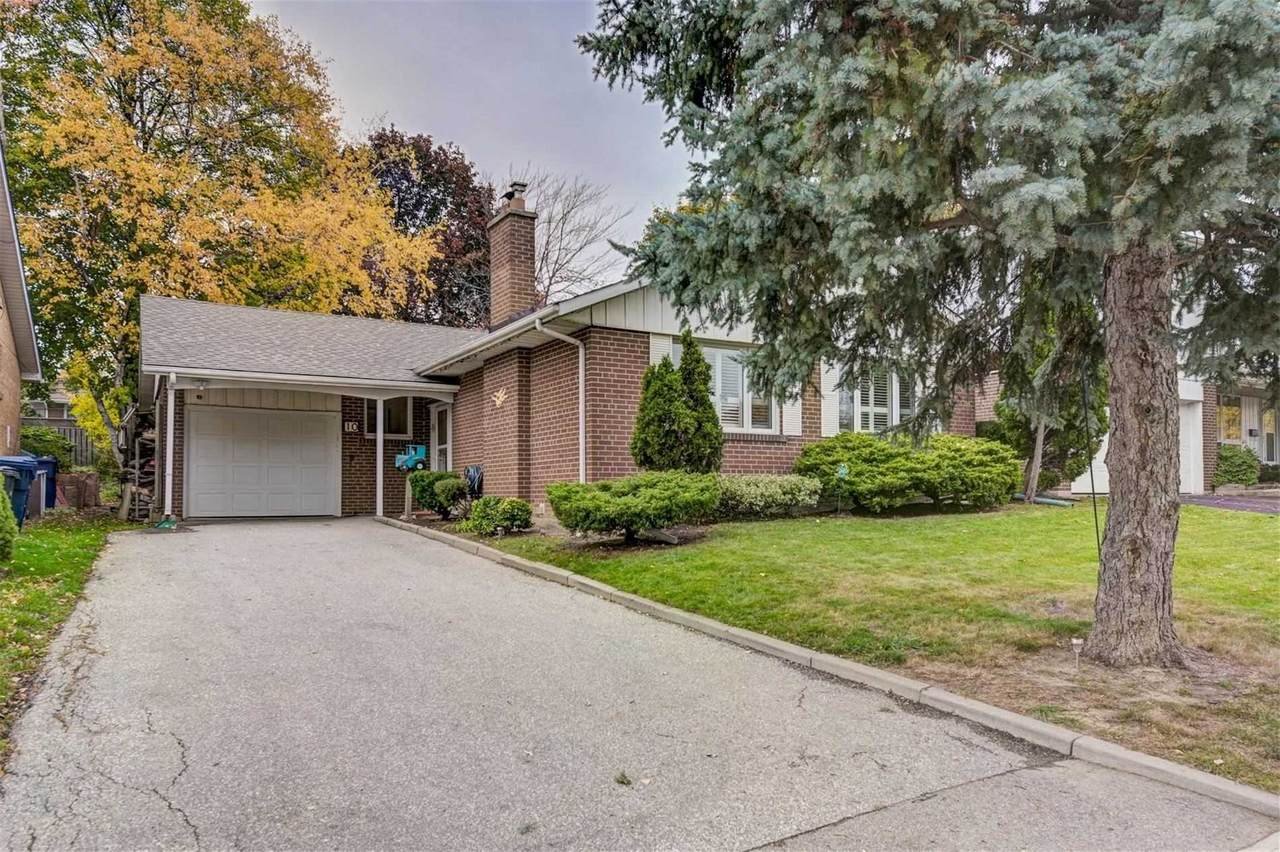 10 Deanewood Cres - Photo 1