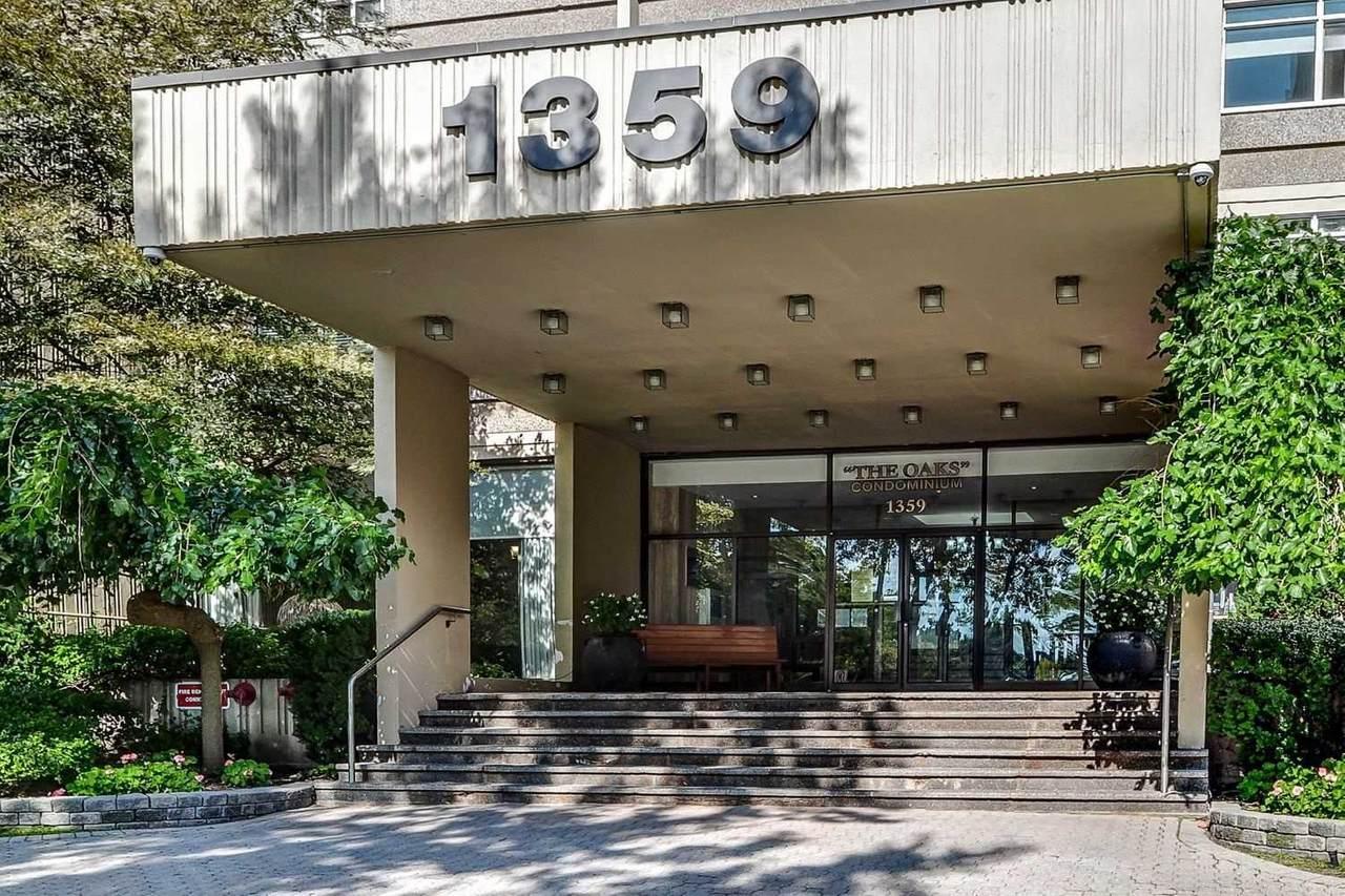1359 White Oaks Blvd - Photo 1