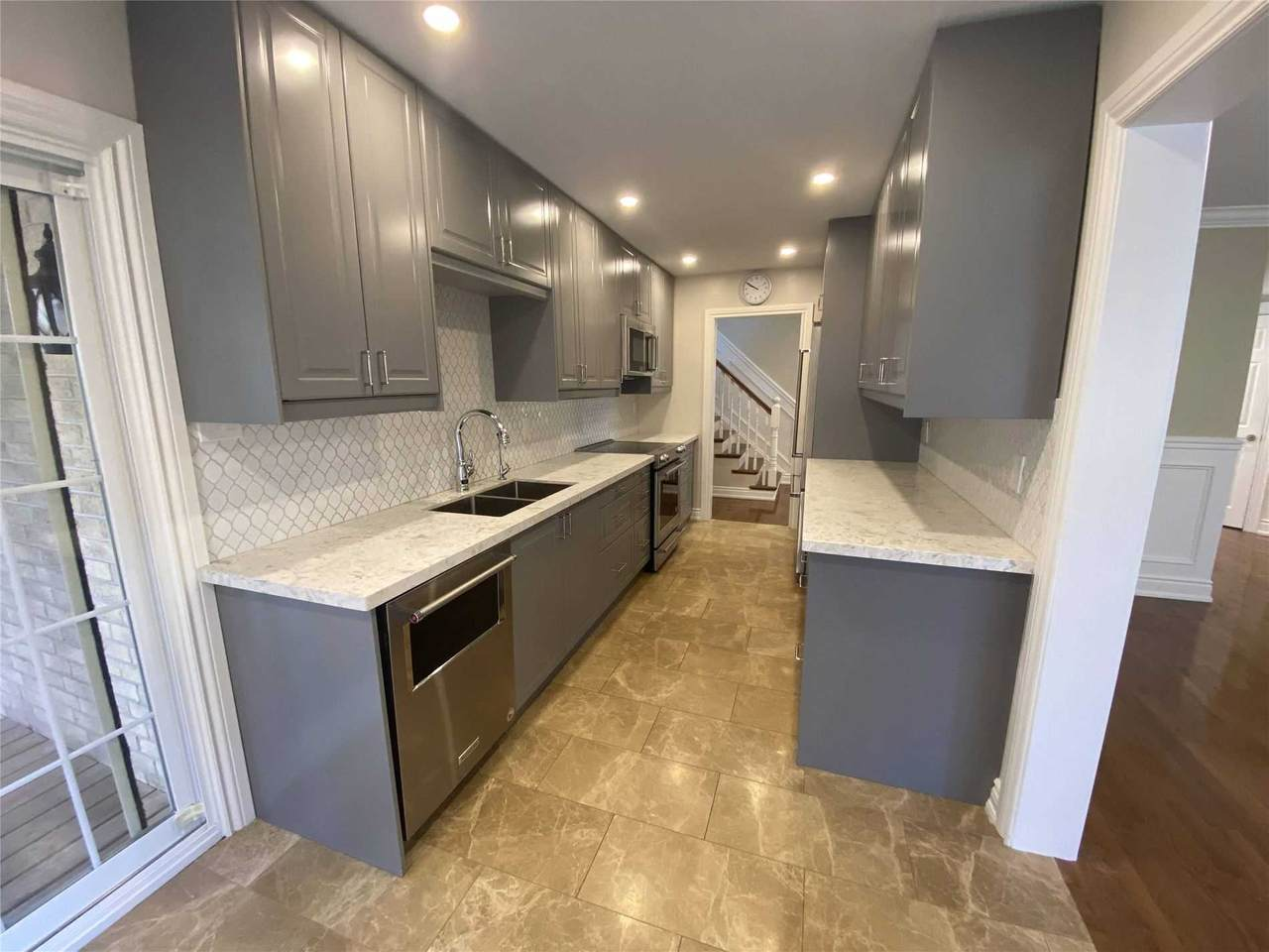 201 Sewell Dr - Photo 1
