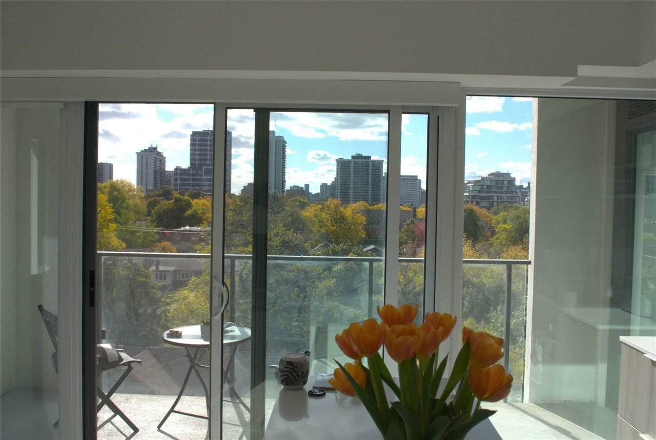 8 Hillsdale Ave - Photo 1