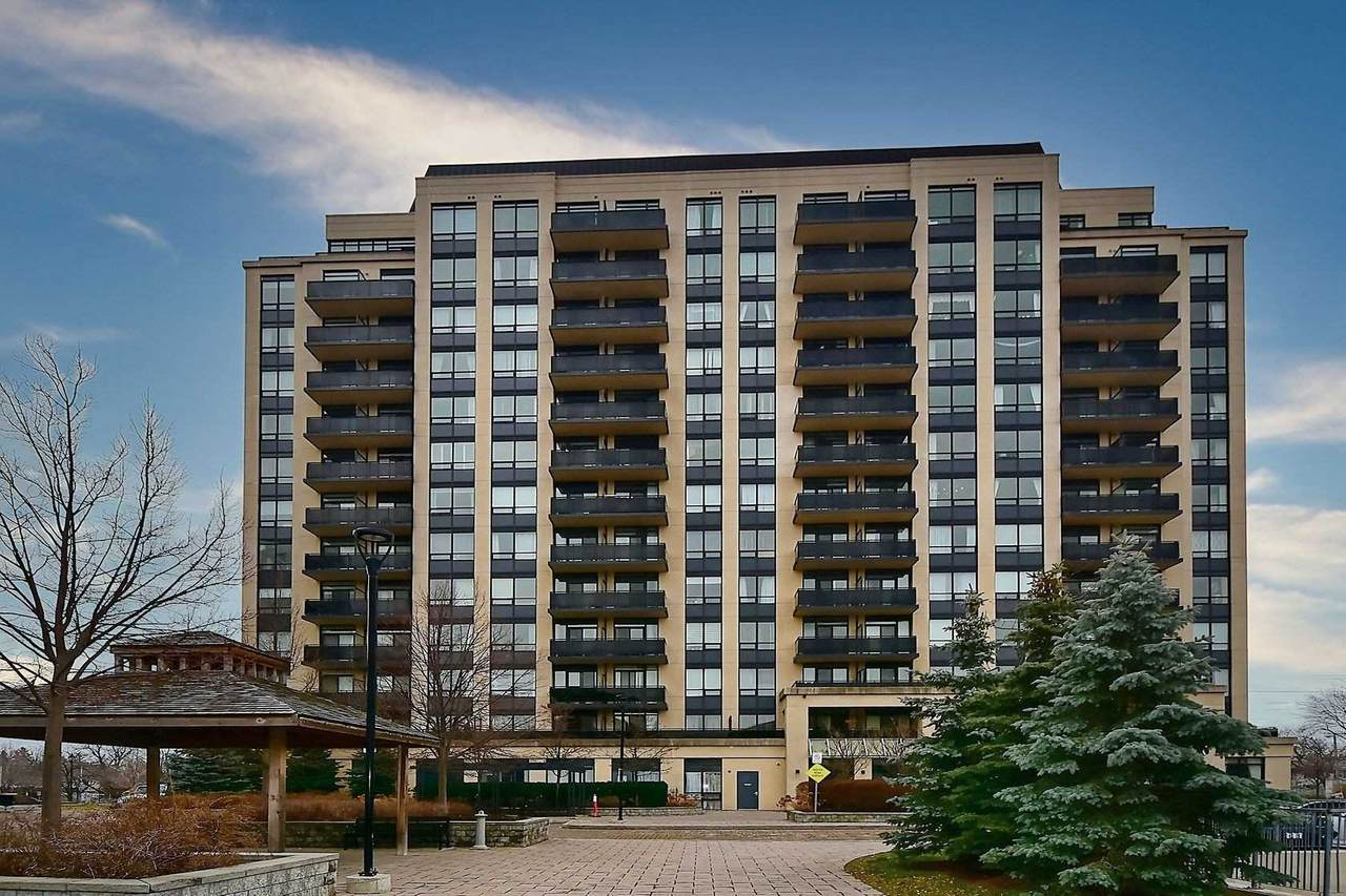 520 Steeles Ave - Photo 1