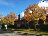 389 Lawrence Ave - Photo 1