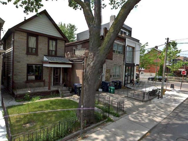 1024 Shaw St, Toronto, ON M6G 3N1 (#C4422959) :: Sue Nori
