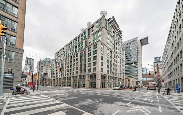 168 W Simcoe St #917, Toronto, ON M5H 4C9 (#C5001874) :: The Ramos Team