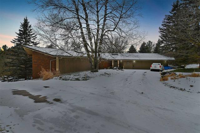 11 Champlain Cres, King, ON L7B 1K1 (#N4420984) :: Jacky Man   Remax Ultimate Realty Inc.