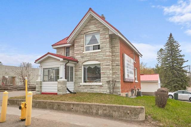 249 W Dunlop St, Barrie, ON L4N 1B5 (#S5274510) :: The Ramos Team