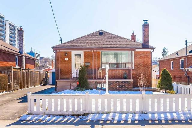 9 Sandcliff Rd, Toronto, ON M6N 2M4 (#W4699809) :: The Ramos Team
