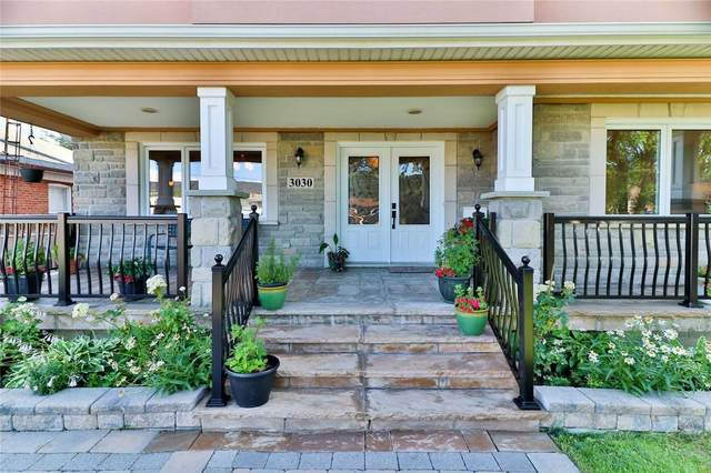 3030 Franze Dr, Mississauga, ON L5A 2R7 (#W4860206) :: The Ramos Team
