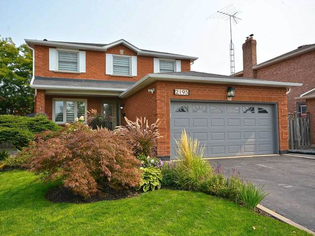2195 Green Orchard Pl, Oakville, ON L6H 4V5 (#W4915759) :: The Ramos Team