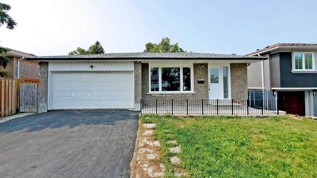 975 Forestwood Dr, Mississauga, ON L5C 1G9 (#W4917831) :: The Ramos Team