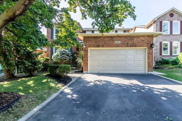 1966 Kempton Park Dr, Mississauga, ON L5M 2Z7 (#W4919855) :: The Ramos Team