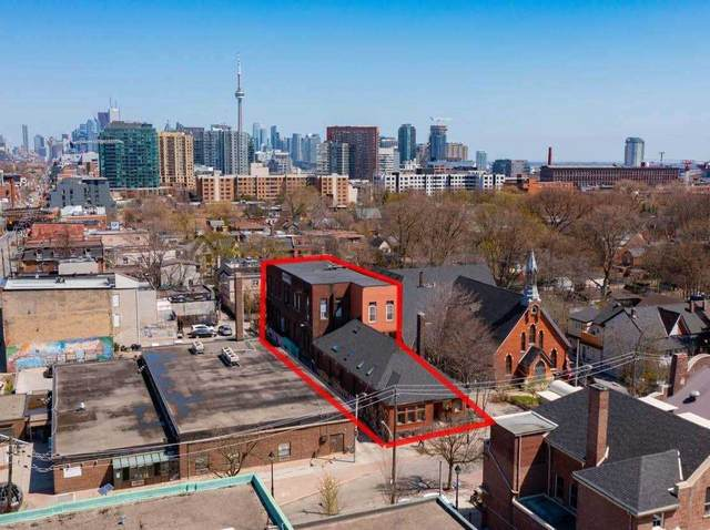 207 Cowan Ave, Toronto, ON M6K 2N7 (#W5212831) :: The Ramos Team