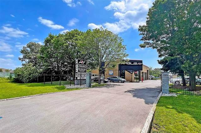 1092 W South Service Rd, Oakville, ON L6L 5T7 (#W5291731) :: The Ramos Team