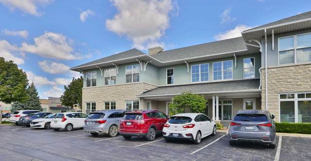 1400 Cornwall Rd #18, Oakville, ON L6J 7W5 (#W5394036) :: Royal Lepage Connect