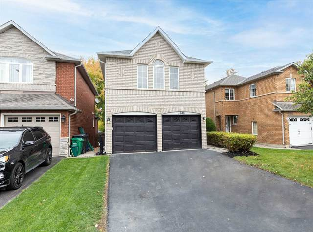 3748 Forest Bluff Cres, Mississauga, ON L5N 7T7 (#W5399366) :: Royal Lepage Connect